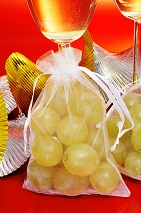 grapes new year luck