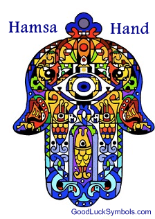 Hamsa hand meaning hand of fatima meaning they are common symbols in both jewish and muslim communities aloadofball