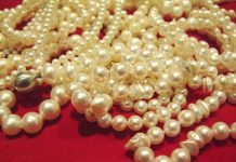 Pearls June birthstone