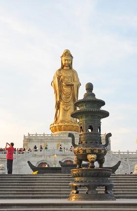 Kuan Yin Statue Putuo